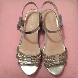 Girls Nine West silver wedges